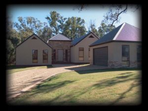 River Park House - Kempsey Accommodation