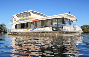 All Seasons Houseboats - Kempsey Accommodation