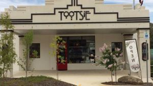 Tootsie Fine Art and Design - Kempsey Accommodation