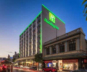 Holiday Inn Perth City Centre - Kempsey Accommodation