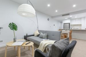 Inner City Stylish apt Walk to Green Square - Kempsey Accommodation
